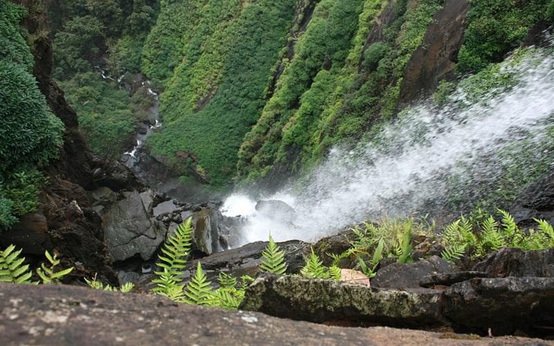 nohkalikai falls in cherrapunji india