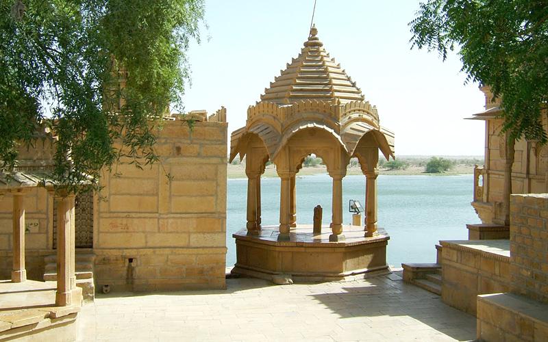 gadi-sagar-lake-india