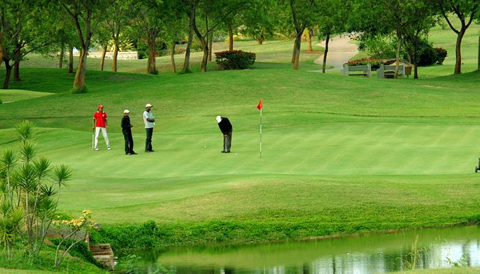 golf-course-india