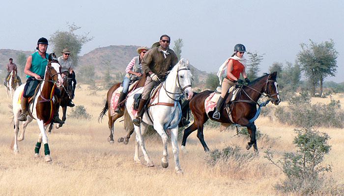 horse-riding-jojawar-rajasthan