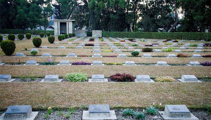 war-cemeteries-india