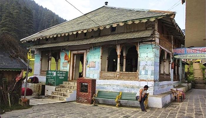 khajji-nag-temple-khajjiar-dalhouse-himachal-pradesh
