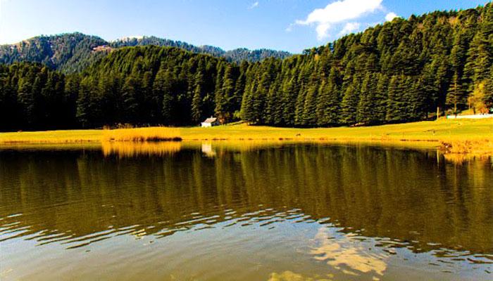khajjiar-lake-dalhouse-himachal-pradesh