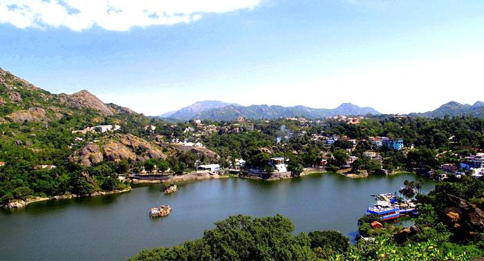 nakki-lake-mount-abu-rajasthan-india