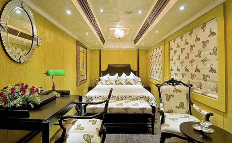 royal-rajasthan-on-wheels-bedroom