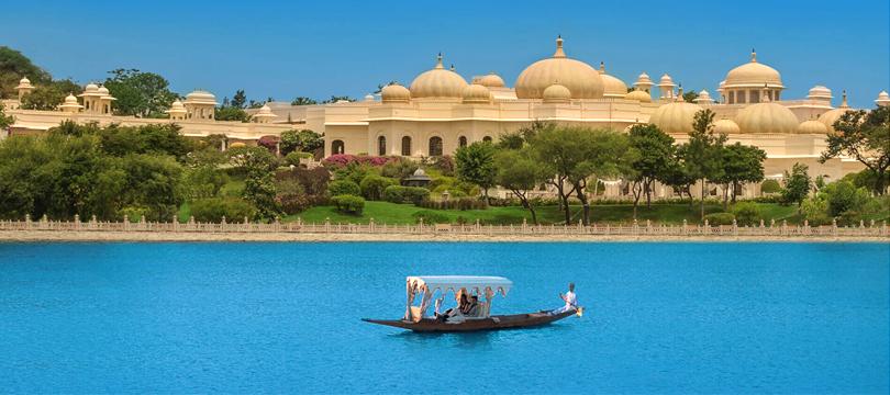 boat-ride-shiv-niwas-palace