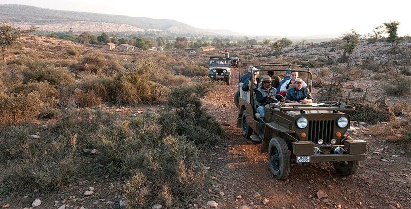castle-bijaipur-jeep-safari