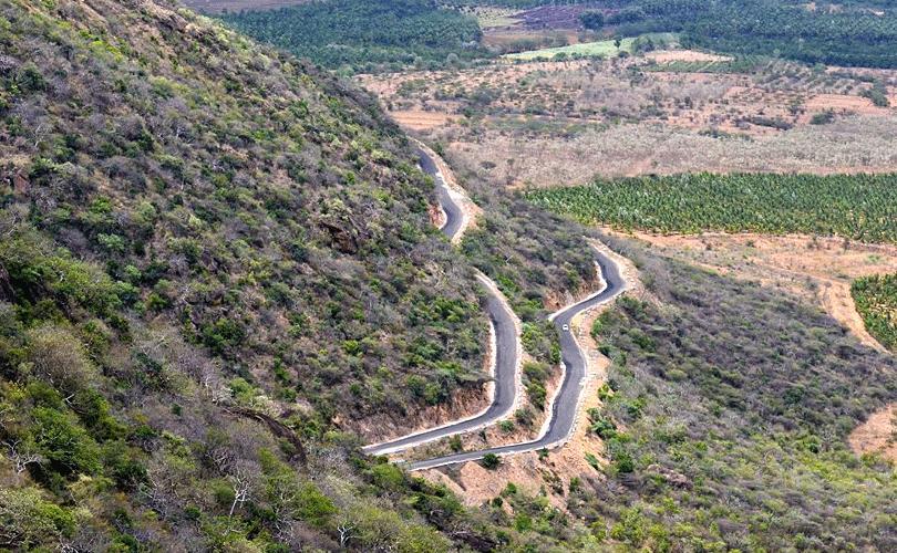 driving-through-mountains-thippanahalli