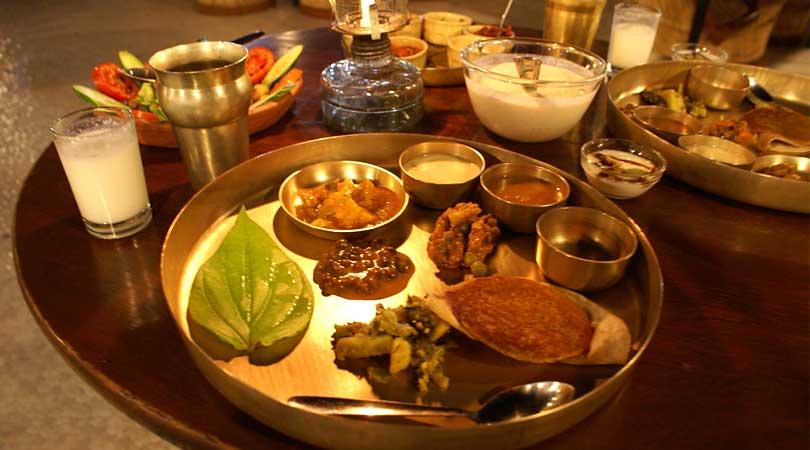 food-at-house-of-mg-resort