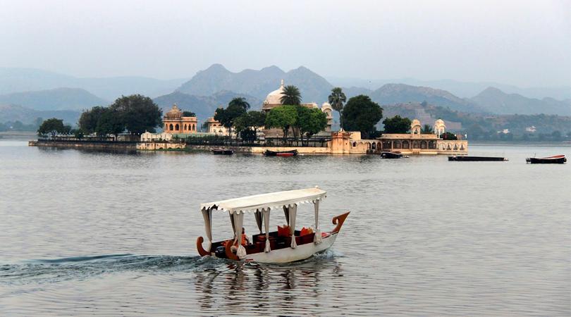 jagmandir-island-palace-udaipur