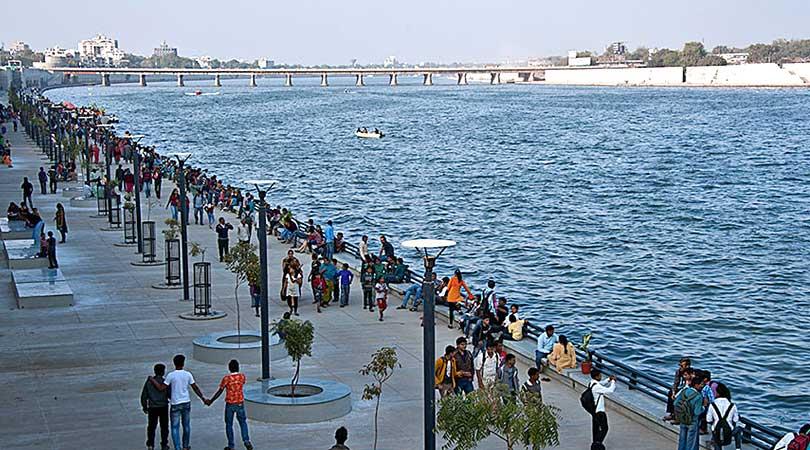 sabarmati-river-front-ahmedabad