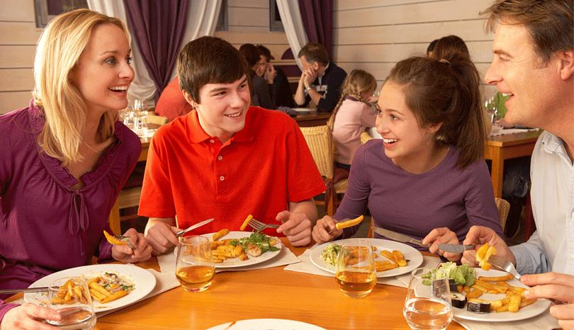 clarks-exotica-convention-resort-bangalore-dining