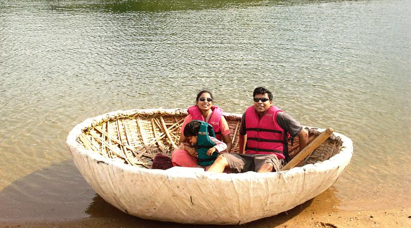 coracle-ride-at-kabini-river-lodge