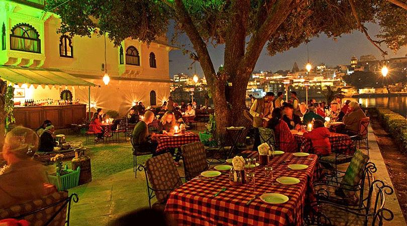 hotel-amet-haveli-special-dinner