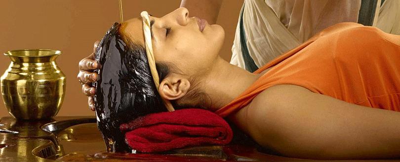 kumarakom-ayurveda-revival-massage