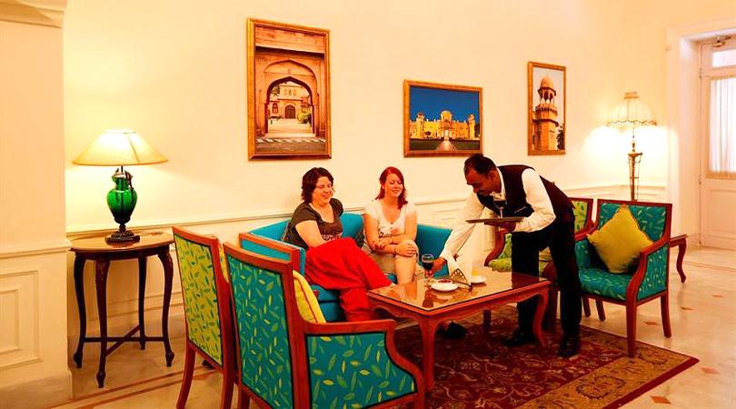 lallgarh-palace-hotel-dining-bikaner-rajasthan