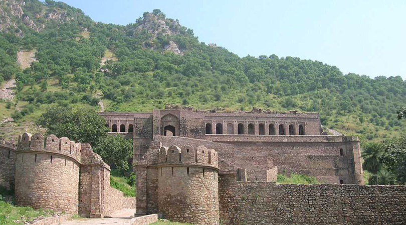 bhangarh-fort-india