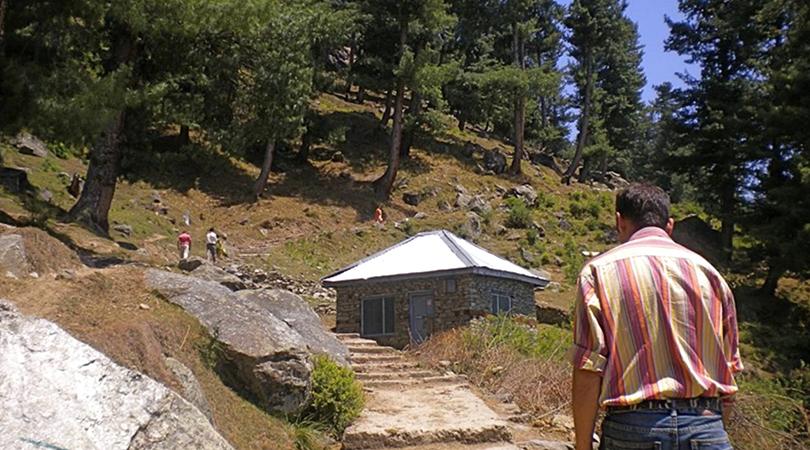 bijli-mahadev-temple-india