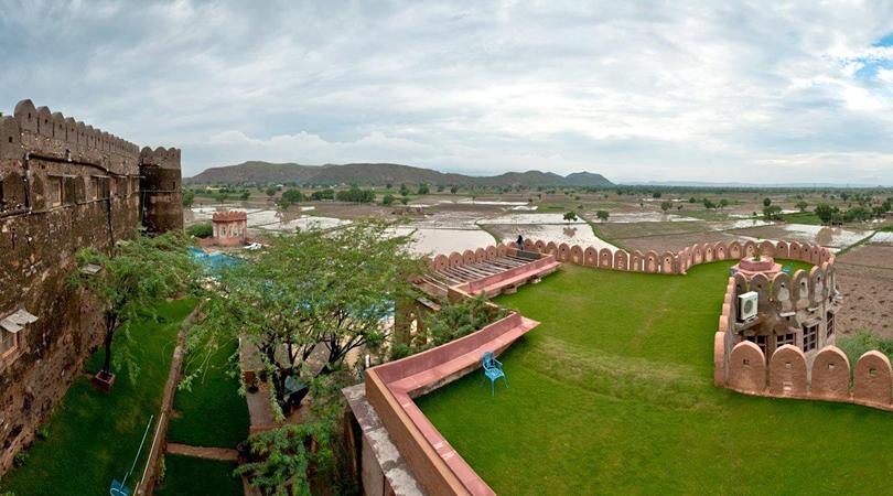 hill-fort-kesroli-in-sarika-india