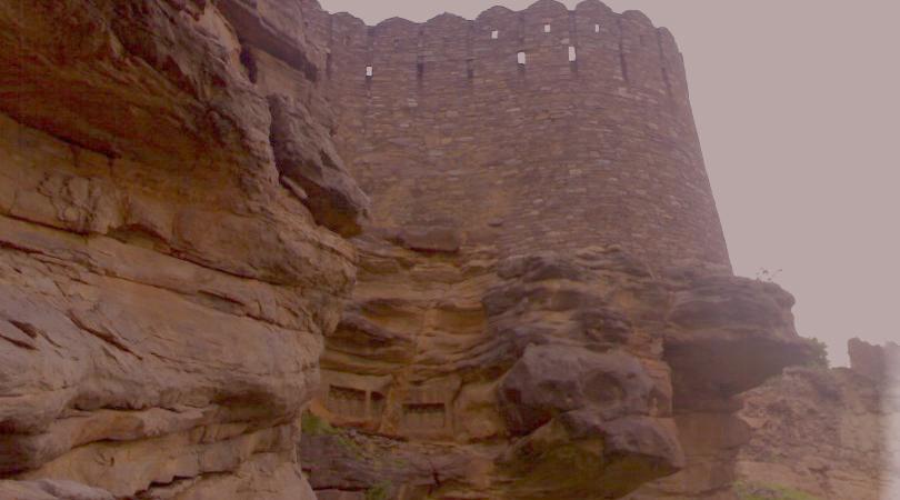 khandar-fort-india