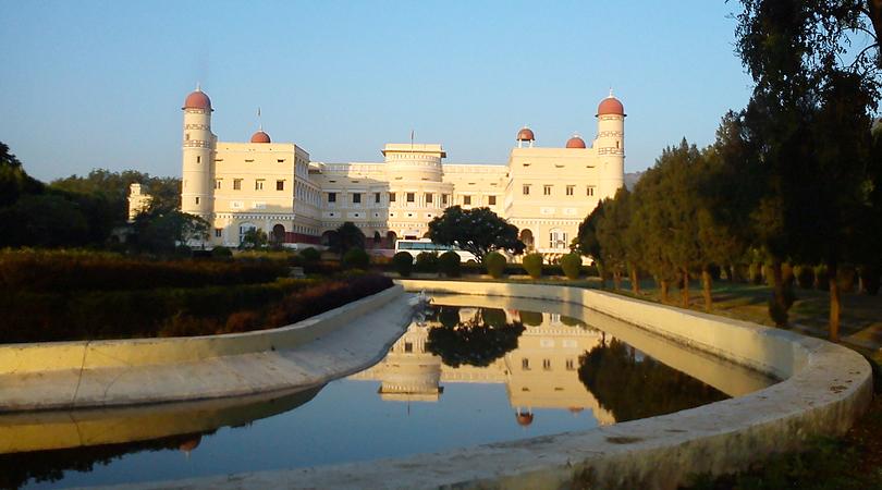 sariska-palace-india