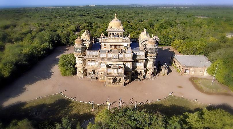 the-vijay-vilas-palace-india