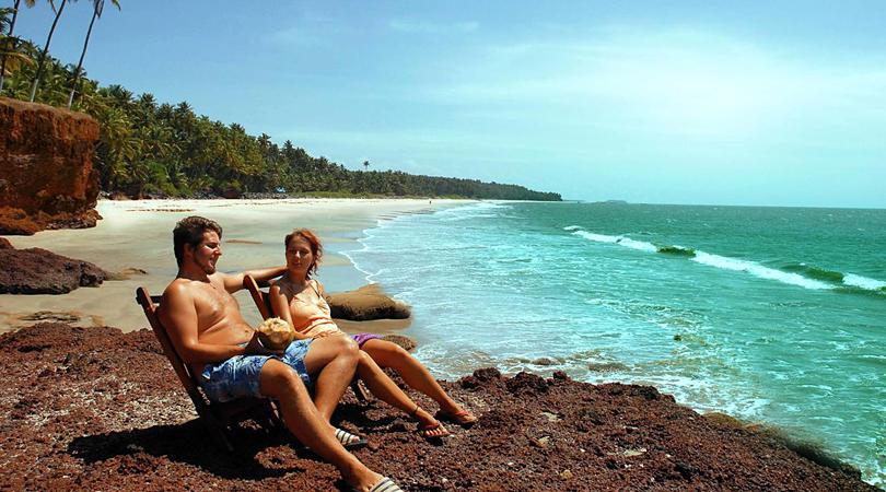 muzhappilangad-drive-in-beach-india