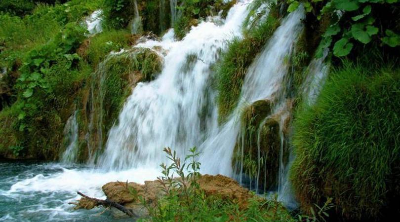 waterfall -india