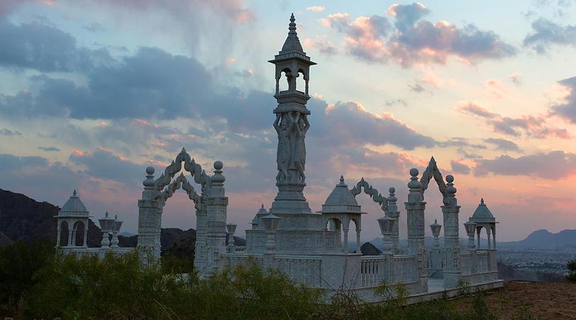 nareli-jain-temple-india