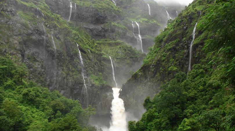 waterfalls-near-ganpatipule-india