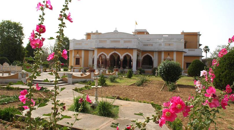 bhanwar-vilas-palace-karauli-rajasthan