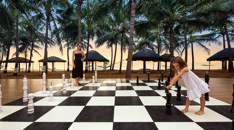 ideal-beach-resort-chess-board