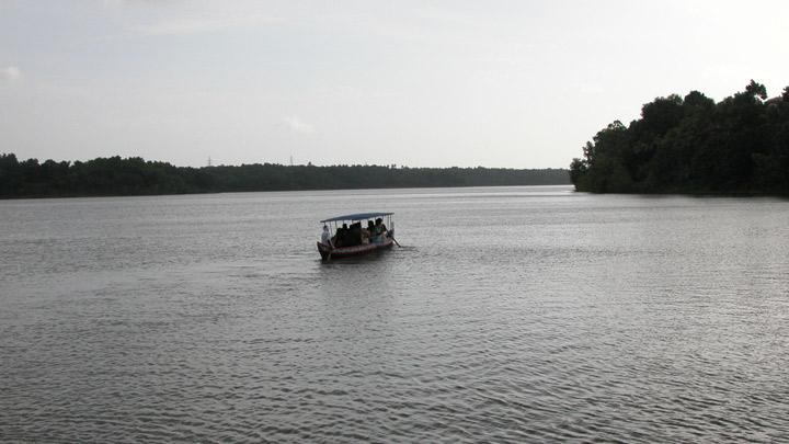 sasthamcotta-lake-kollam