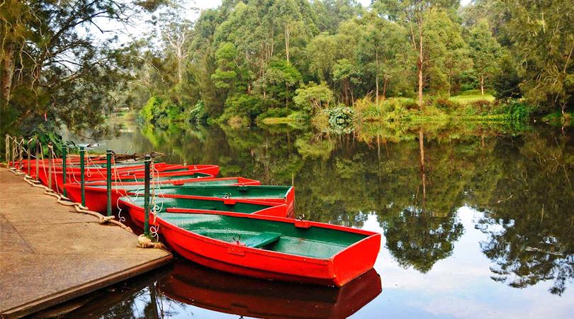 boat-shelter (picnic-spot)