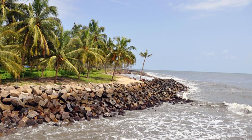 kolamb-beach-india