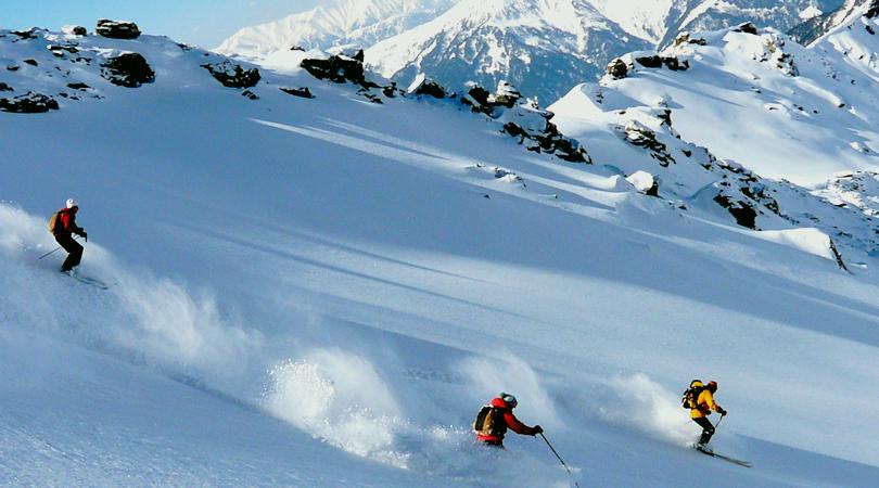skiing-and-trekking-in-mundali-chakrata