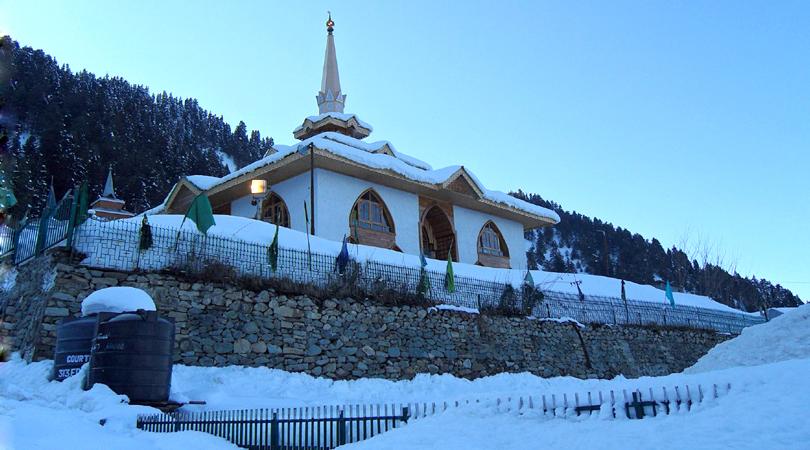 ziarat-baba-hyder-reshi-india