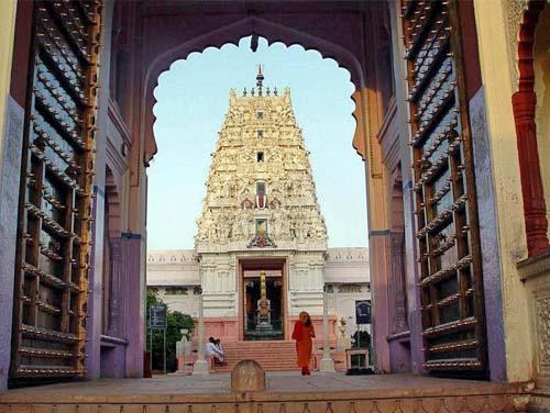 Ramavaikunth-Temple-pushkar-1