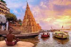 delhi-agra-varanasi-tour-package-ganges