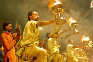 varanasi-tour-holy-ganges-aarti