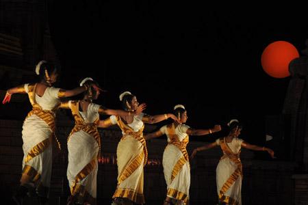 Khajuraho Dance Festival tour package