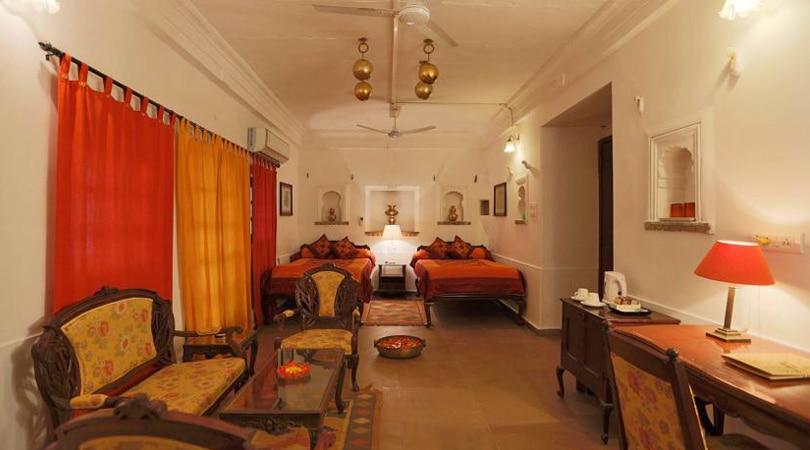 Bhainsrorgarh heritage hotel rooms